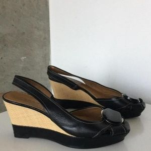 Tahari Pinnacle Wedges.  Size 7.5.